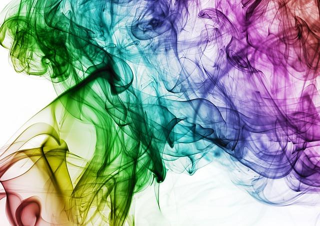 オーブが写真に映り込む時のスピリチュアルと、色別の意味。